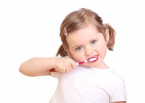 Okul Başlamadan Önce Çocuklarda Diş Bakımına Dikkat